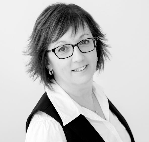Elaine Frenette - Adjointe principale, service à la clientèle, assurance individuelle et collective